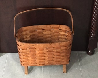 VINTAGE AMERICAN BASKET with handle from 40's