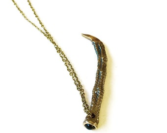 Antigua Necklace - Bezel Set Onyx - Brass Cable Chain - Bronze Iguana Toe Cast