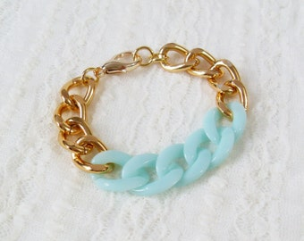 Mint and Gold Chain Bracelet. A Chunky Gold Chain Bracelet with Mint Acrylic Chain. Simple and Chic.