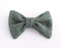 Men's Harris Tweed BowTie, Upcycled Tweed BowTie, Green Tweed BowTie, Wool Bow Tie, Rustic Wedding, PreTied Bow Tie, Wedding Bow Tie