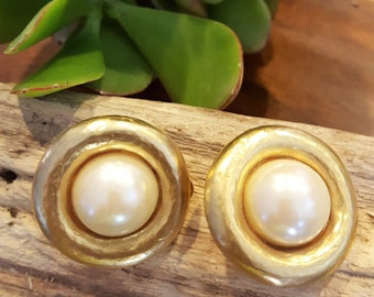 Vintage Clip On Pearl and Brushed Gold Earrings