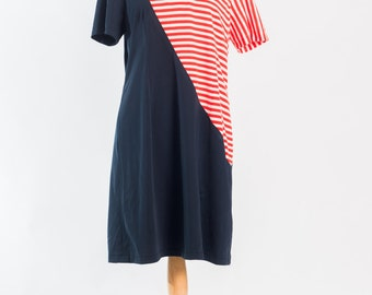 Vintage 1980s handmade navy and red striped t-shirt dress (Size 16 Aust/ 12 USA / 16 UK)