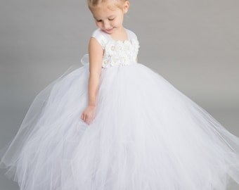 Flower girl dress - Tulle flower girl dress - White Dress - Tulle dress-Infant/Toddler - Pageant dress - Princess dress -White flower dress