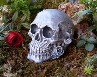 Skull,Human Skull,Skull Statue,Human Skull with Rose(s),Gothic Skull Statue,Day of the Dead,Human Skull Statue,Skull Decor,Solid Stone