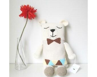 Bear handwoven. Teddy bear. Stuffed teddy bear. Amigurumi.