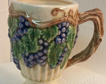 Ceramic Grape Pedestal Mug