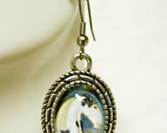 Black and white horse earrings - HAP07-012