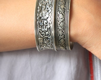 Vintage Floral Cuff Bracelet/Silver plated/Floral Cuff/Bohemian Bracelet/Adjustable Silver Cuff/Open Cuff/Wide Silver Cuff
