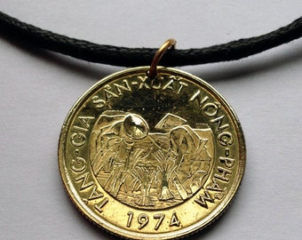 1974 South Vietnam 10 Dong coin pendant Vietnamese rice plant farmers necklace Vietnam War rice paddy agriculture Hanoi n000714