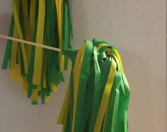 Baylor Bears 10 Cheerleading Pom Poms, Shakers, Green Yellow, Football Decorations, Birthday Party Decorations, Favors, Wedding Decorations