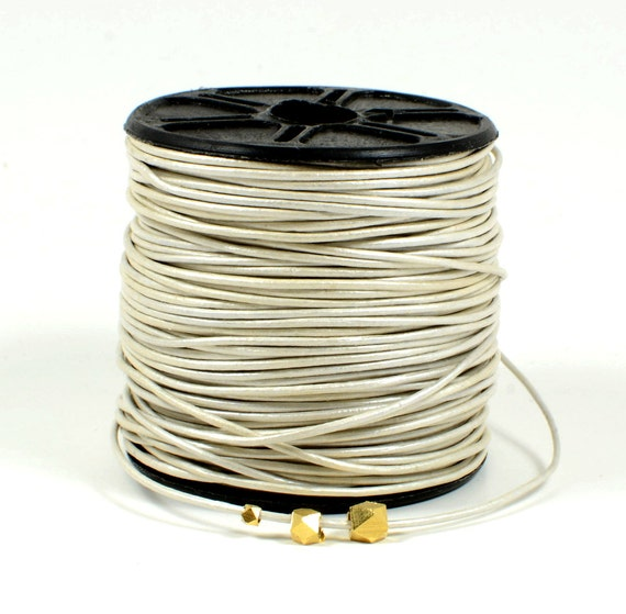 0.5mm leather cord in Metallic pearl, off-white leather cord, fine genuine leather cord - 1 yard/order
