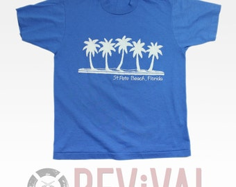 Vintage St Pete Beach T Shirt ~ Size M-L
