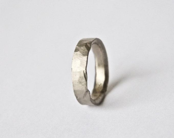 White Gold Hammered Ring - 18 Carat - Textured Rustic Wedding Band - Unisex - Men's Women's