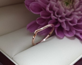 14kt 18kt rose gold wedding band 950 Platinum Unique 14kt gold 1.5mm tiara style wedding band in rose, yellow, white, or green gold
