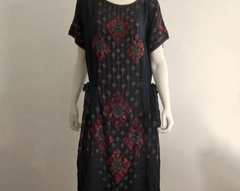 1920s Dress / 20s Flapper Dress / Beaded Silk Flapper Dress / Medium Large