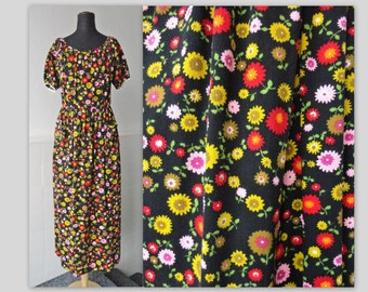 70s Maxi Dress With Flowers In Bright Colors