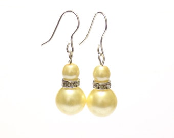 yellow pearl earrings, pearl earrings, yellow earrings, dangle earrings, earrings, bridesmaid earrings, drop earrings
