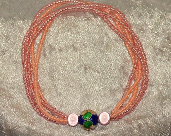 Stretchy Bracelet in Peachy Pink