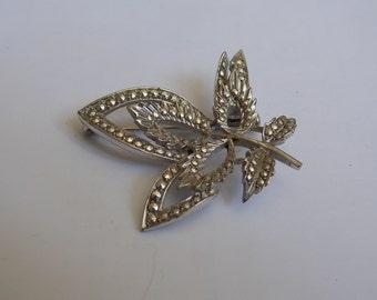 Vintage brooch silver and the 1950s found former jewel