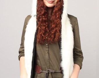 "Beast Hat ""White Puma"", model B with mittens"