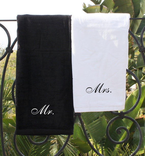 Monogrammed Beach Towel And Bag Set: Mr. And Mrs. Monogrammed Beach Towel Set Of 2 Embroidered