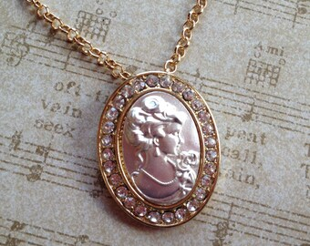 Beautiful Cameo Pendant, Cameo, Pendant, For Her, Gift Ideas, Vintage Look