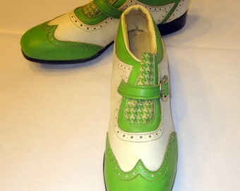 """Vintage """"Phillips"""" Women's Golf Shoes with Spikes in Kelly Green and White"""