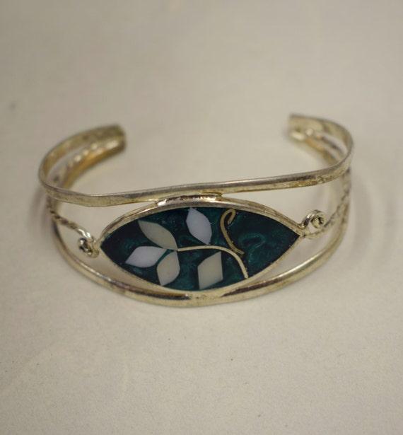Bracelet Silver Wrist Cuff Shell Mother Pearl Leaves Vintage Green Enamel Bracelet Handmade Silver Green Enamel Shell Cuff Bracelet