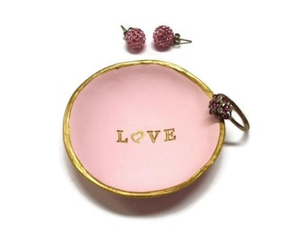 Love Ring Dish, Inspirational Jewelry Dish, Girlfriend Gift, Trinket Dish Personalized Jewelry Dish, Jewelry Organizer, Heart Ring Dish