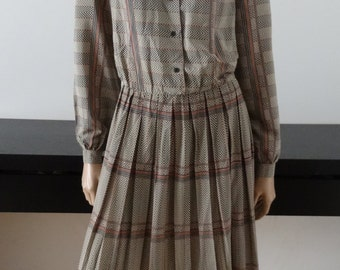 Robe-chemisier vintage FIORELLA RUBINO beige motifs bleus/rouges taille 42 / uk 14 / us 10