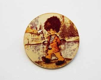 Vintage (4 cm) 1.57'' little boy child kid cartoon brooch badge token clasp pinion pin button cordon band medallion pinbac