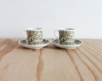 Pair of Arabia of Finland Juhla Demitasse Cup and Saucer sets