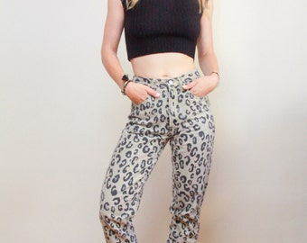 GUESS by Georges Marciano | Early 90's | Grey High Waist Denim | Cheetah Print | Soft Cotton Pant | Made in USA | Size 28 | LF.A28