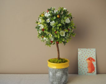 Topiary flower ball / / floral composition / / artificial boxwood ball / / artificial flowers / / floral / / unique room.