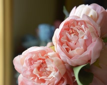 Lovely Peony Bunch in pale pink -ITEM014