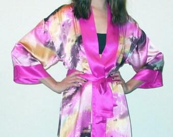 100% Silk Women's Pink Short Kimono Robe/Wrap