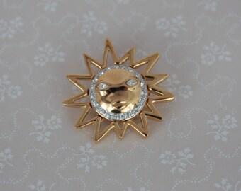 Vintage Sun Brooch - Round Gold Tone Brooch - Vintage Rhinestone Pin