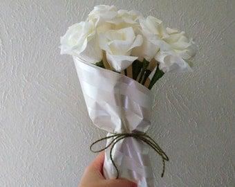 One Dozen White Roses, Long-stemmed Roses, Paper Roses, Paper Flowers, White Flowers, First Anniversary Gift, Romantic present, Bouquet gift