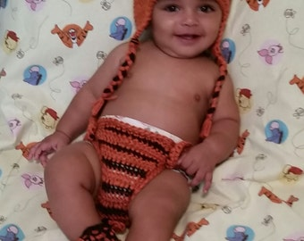 Hand crochet baby boy Tiger set photo prop, hat, booties and diaper cover