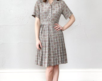 SALE- Folk Print Dress . 1960s Shirtwaist