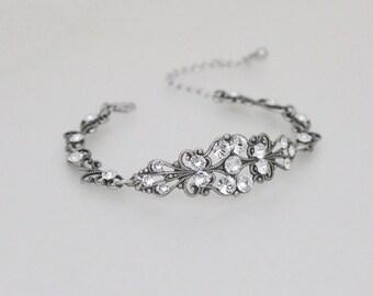 Vintage style bracelet, Bridal bracelet, Silver filigree bracelet, Wedding bracelet, Bridal jewelry, Swarovski crystal bracelet, Rhinestone
