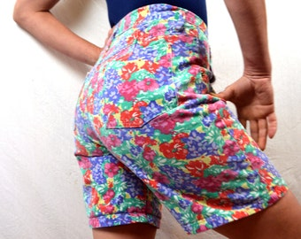 Vintage 80s Floral High Waisted Shorts - Not Guilty
