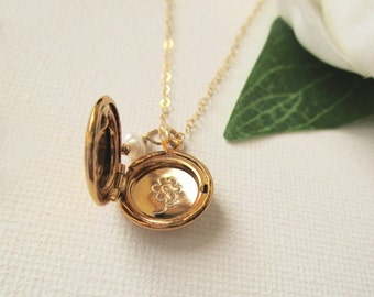 Locket Necklace, Personalized Locket Necklace, Gold Locket Necklace, Silver Locket Necklace, Flower Girl Gift, Flower Girl Jewelry