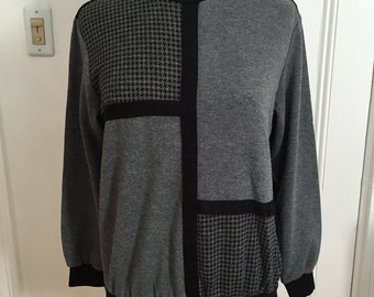 Houndstooth Colorblock Tunic Pullover Alfred Dunner Top, Black & Grey Gray Vintage 1980s