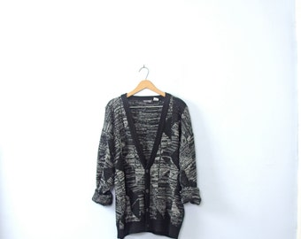 Vintage 80's black and white oversized cardigan sweater, size XL