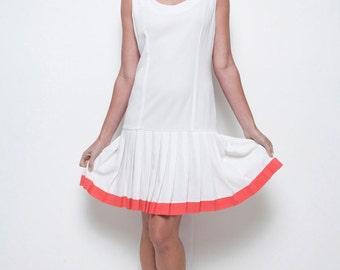drop waist pleated dress white red sleeveless vintage 80s M MEDIUM