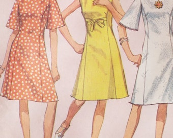What a princess seam dress How to Sew pattern Simplicity 6936 uncut