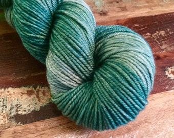 Hand Dyed Worsted Weight Merino Wool Yarn - Esmeralda - Kettle Dyed Semi-Solid Green - 210 yards