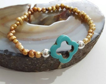 Turquoise Moroccan Clover Bracelet, Stretchy Clover bracelet, Copper Pearls, Quatrefoil, Clover, Moroccan Jewelry, Bohemian,
