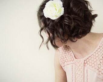 White Rose Hair Clip   Bridal Hair Pin   Bridal Hair Piece Wedding Headpiece